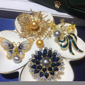 Christmas Gifts Plated 4 pieces of Brooches with Natural Fresh Water Golden Pearl Brooches