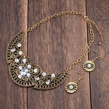 Vintage Antique Gold Color Wing Flower Clear Crystal Costume Choker  Necklace Earrings Jewelry Set for Women