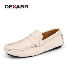DEKABR حجم 47 48 جديد وصول الرجال حذاء كاجوال موضة الرجال أحذية من الجلد أحذية تسمح بدخول الهواء الأخفاف الانزلاق على الرجال الشقق