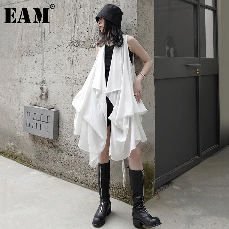 [EAM] Women White Irregular Pleated Stitch Dress New V-collar Sleeveless Loose Fit Fashion Tide Spring Summer 2020 1X660