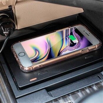 Cargador inalámbrico Qi de 10W para coche para iPhone 11, Samsung S20, Xiaomi Mi de inducción, carga inalámbrica rápida en coche para Toyota Camry