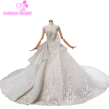 חדש לנשף שמלה ארוך 2019 סקסי גריי המסולסל צוואר תחרה נצנצים ללא משענת גבישי נצנצים חרוזים לנשף שמלות צד אישה שמלות