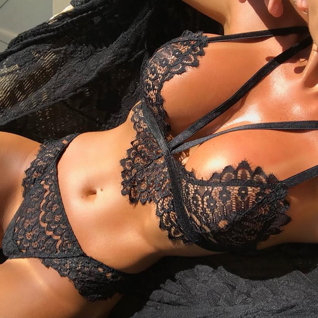 Classic Lacey Set