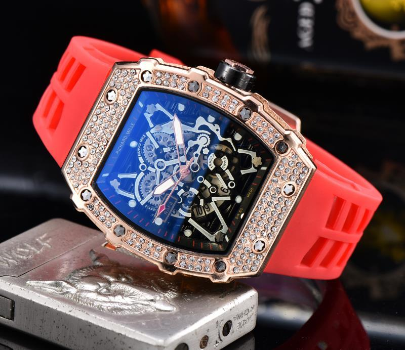 Hot  Diamond DZ  Steel Watc Man Watch Rlo Dz Auto Date Week Display Luminous Diver Watches Stainless Steel Wrist Man  Male Clock