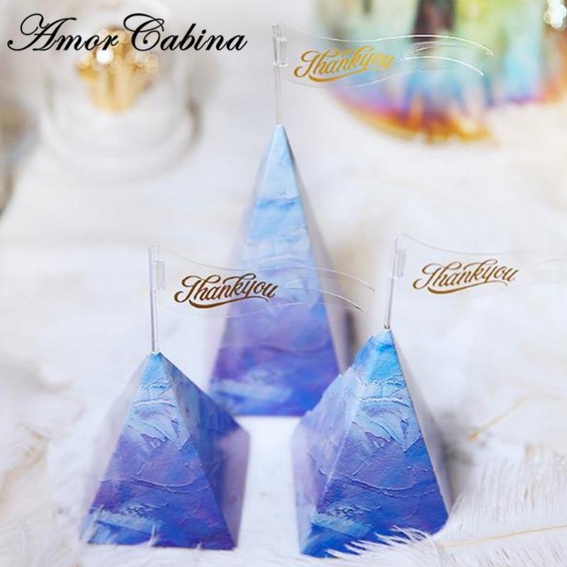 50pcs créative petite peinture à l'huile fraîche bleu pyramide forme faveur de mariage avec main cadeau boîte à bonbons boîte de chocolat fournitures de fête