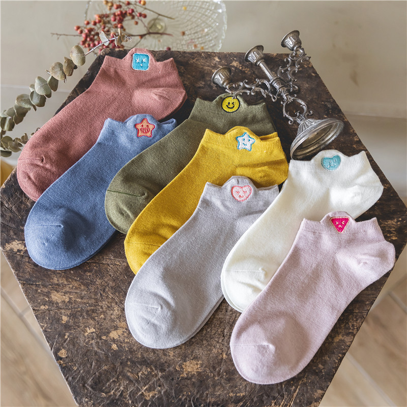 Ins Original Cartoon Embroidery Fuuny Socks Women Solid Casual Comfortable Ankle Socks For Ladies Sweat Absorption Cotton Sox