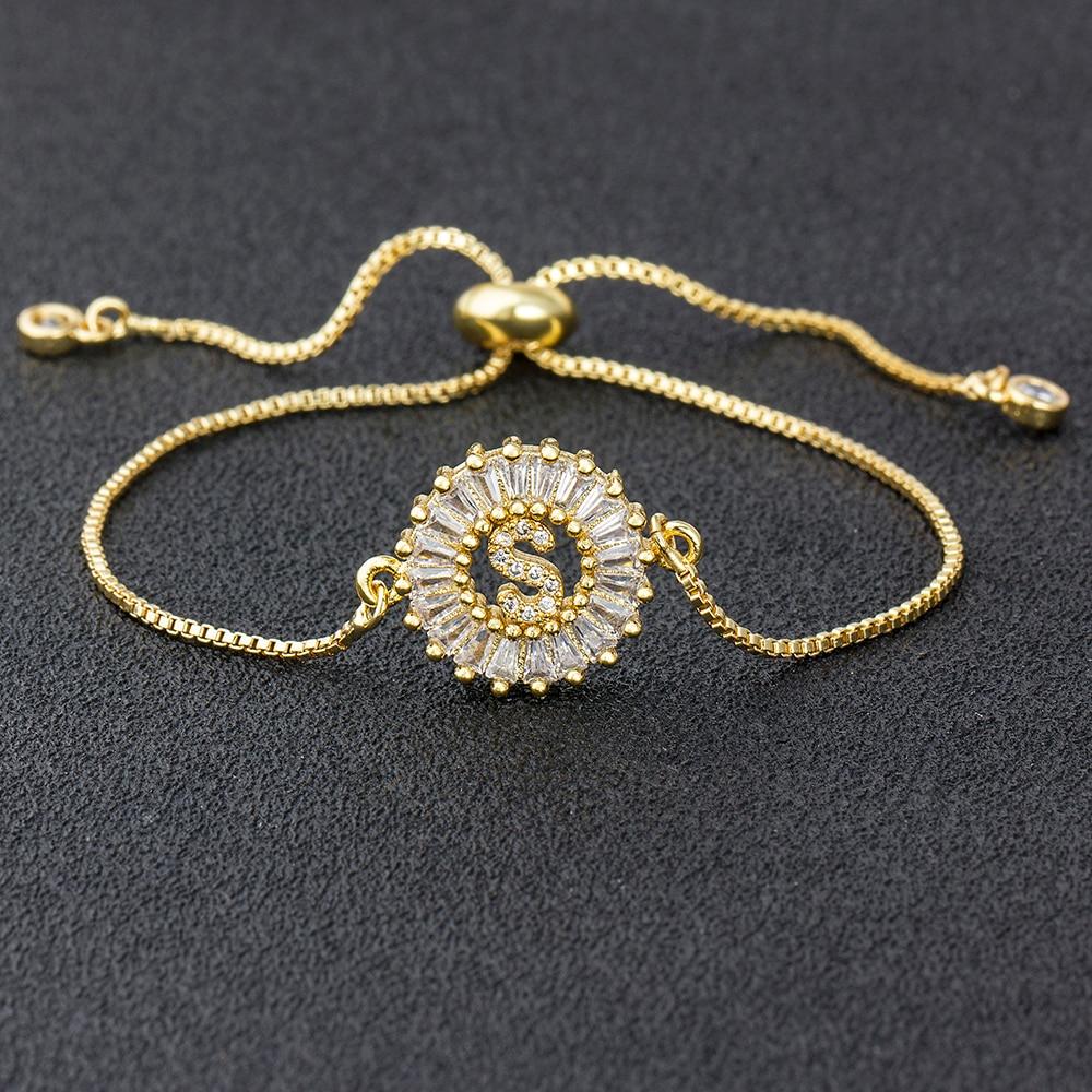 Vendita calda A-Z iniziale rame pavimenta impostazione zircone cubico lettera braccialetti con ciondoli catena regolabile per gli amanti delle donne miglior regalo di gioielli 1