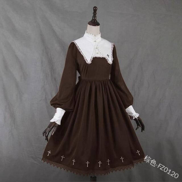 Фото средневековое готическое винтажное платье в стиле милой лолиты цена