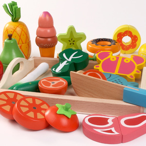 Wooden Kitchen Pretend Play Toys Cutting Fruit Vegetable Meat Desserts Set Magnetic Simulation Food Educational Kids Toys Gifts
