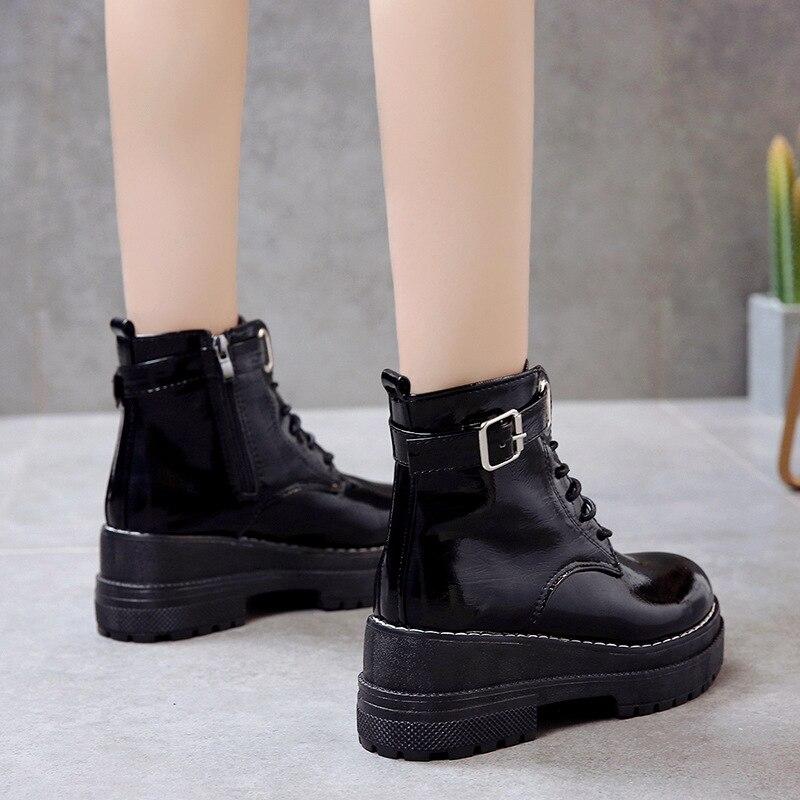 Mujer; модная обувь на платформе; женские ботильоны в стиле панк; Черные ботильоны в готическом стиле; женские мотоботы на танкетке со шнуровко...