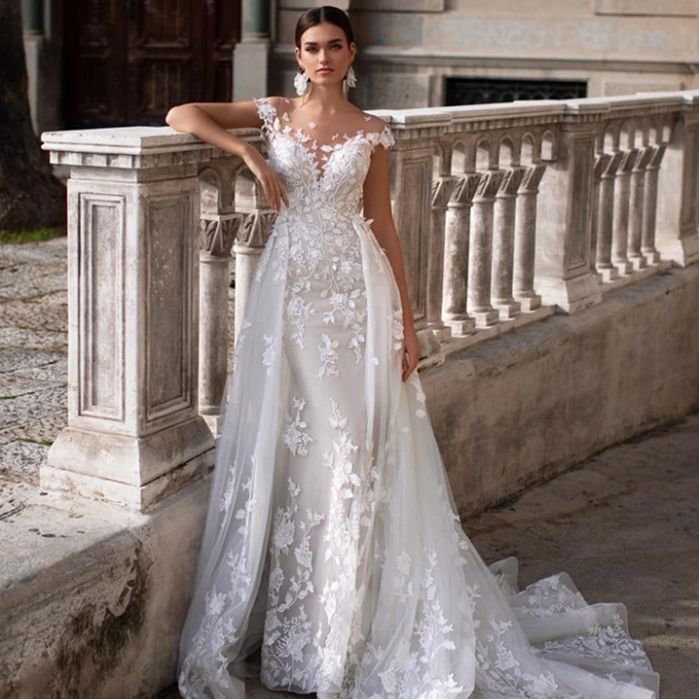 20 in 20 Wedding Dress with Removable Train, Bride Dress, Bridal Gown  Superbweddingdress