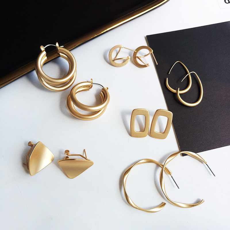 Fashion Statement Earrings 2019 New Geometric Matte Gold Earrings For Women Hanging Dangle Earrings Drop Earring Modern Jewelry