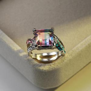 Vintage Female Rainbow Crystal Stone Ring Classic Silver Color Wedding Ring Luxury Hollow Square Engagement Rings For Women