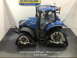 UH 1/32 New Holland T7.225 Blue Power With tracks Tractor Model Toy Gift 5365