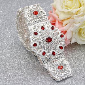 Image 2 - SUNSPICEMS Customiz Frauen Kristall Metall Hochzeit Gürtel Silber Farbe Marokko Taille Kette Spiel Kaftan Kaukasischen Traditionellen Schmuck