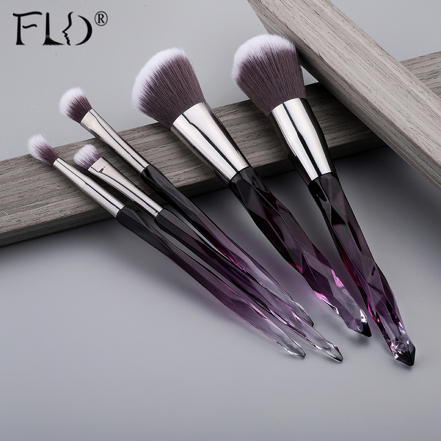 FLD 10Pcs Crystal Makeup Brushes Set Powder Foundation Fan Brush Eye Shadow Eyebrow Professional Blush Makeup Brush Tools 2