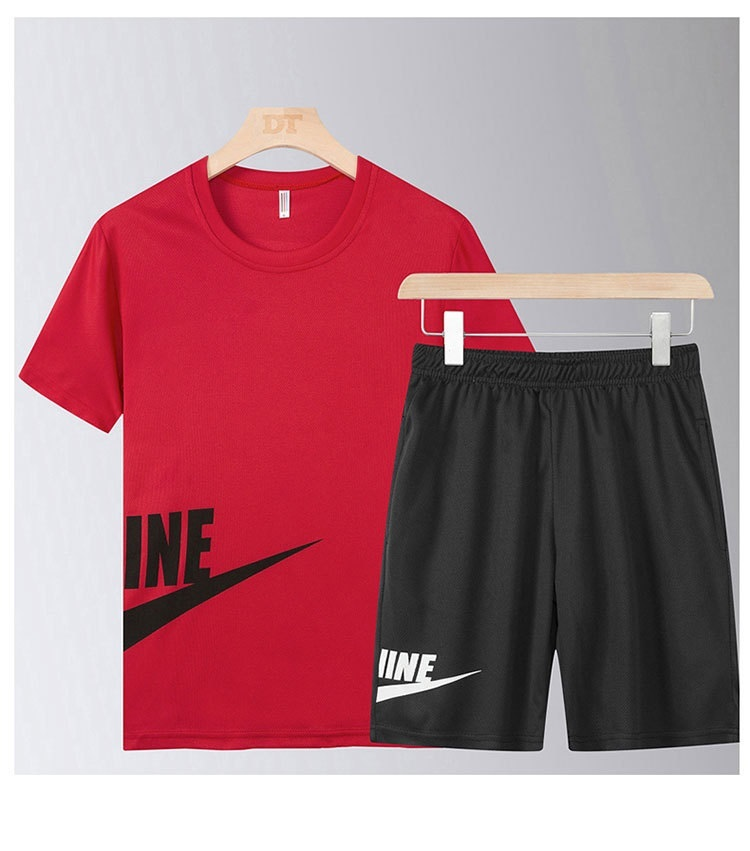 Men Leisure Sportswear Suit Men's Suits Running T-Shirt+Jogging Shorts Soccer Play Gym Sets New Quick Dry High Quality Tracksuit