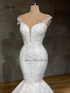 Image 3 - Liyuke 2020 projektant syrenka suknia ślubna prawdziwa praca całe z koralików suknia ślubna makijaż