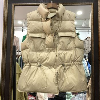 2020 New Ultra Light Down Vest Women Short Vest Windproof Lightweight Warm Waistcoat Female Sleeveless White Duck Down Coat 1