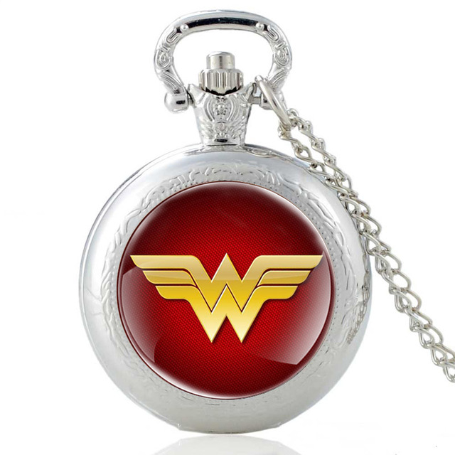 Classic Antique Bronze Wonder Woman Quartz Glass Dome Pocket Watch Vintage Men Women Necklace Pendants Watch