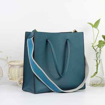XHTY leather tote bag top layer leather simple and generous temperament new square bag portable Messenger bag
