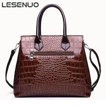 Модные женские сумки с крокодиловым узором и пряжкой 2020 роскошная