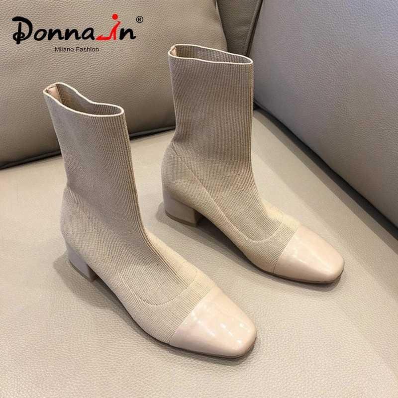 Donna-in yumuşak örme çorap çizmeler streç kumaş ayakkabı Med topuklu kare ayak orta buzağı bayanlar için 2019 deri kışlık kadın botları