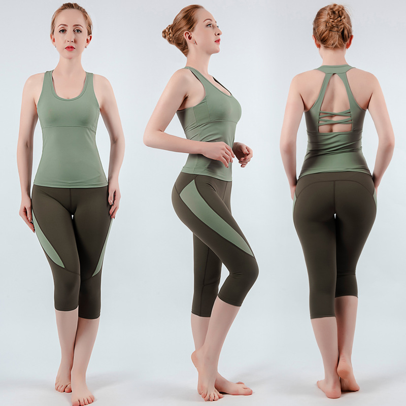 Plus Size S-4XL 2PCS Yoga Sets Women Tank Tops With Pads High Elastic Capri Sportswear Gym Clothing Fitness Female Tracksuits