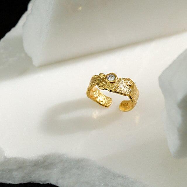 Фото женское кольцо с цирконием серебряное регулируемое ювелирное