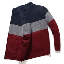 2020 nuevo Cardigan hombres suéter a rayas gris suéter de los hombres de gran tamaño Chaqueta de punto ropa de abrigo para hombre 3XL estilo coreano Homme