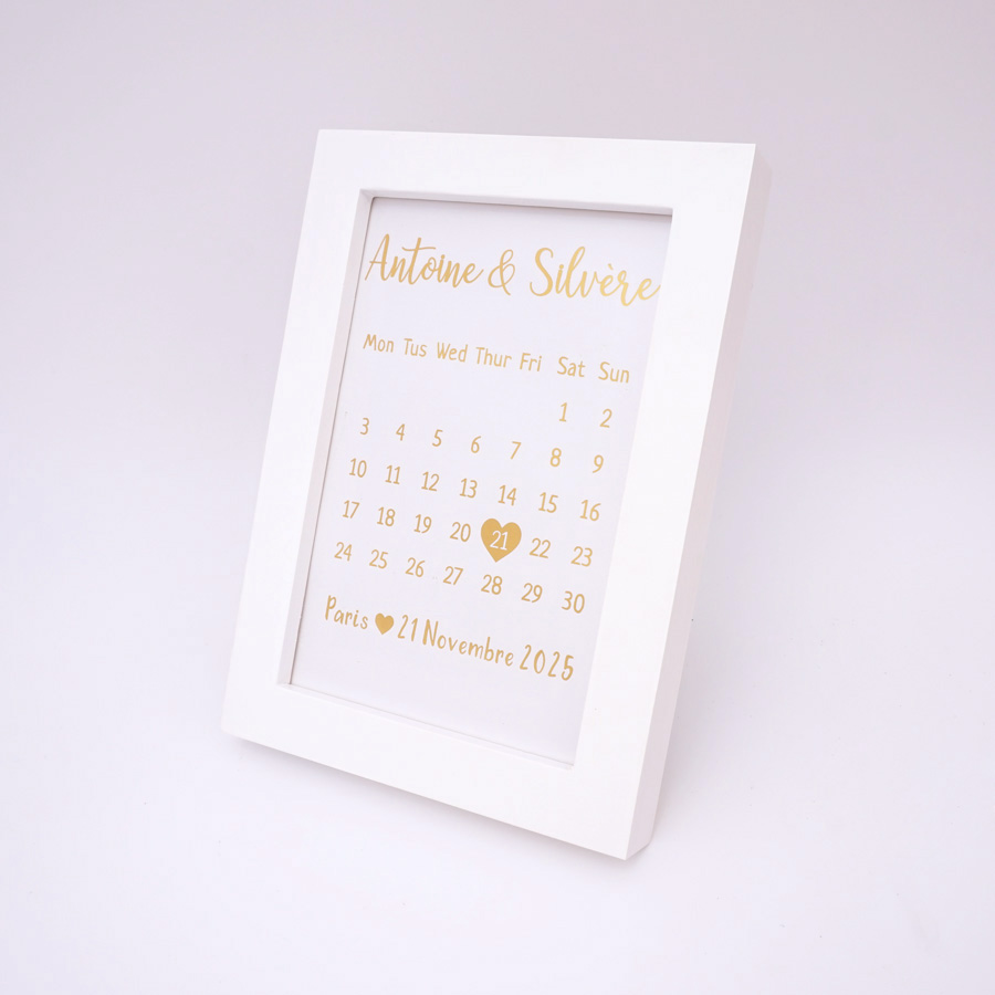 Custom Bride Name Wooden Wedding Calendar Frame Personalized Party Decor Photo Frame with Nail Table Decoration Any Language