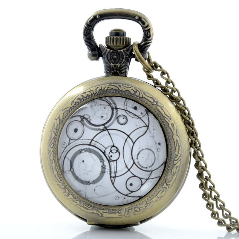 Retro Pocket Watch Round Bronze Cattle Switzerland Countryside Style Vintage Clock With Sweater Necklace Chain For Women Men