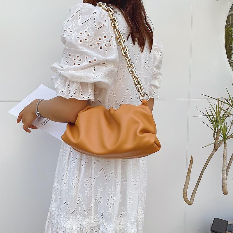 2020 Day clutch thick gold chains dumpling Clip purse bag women cloud Underarm shoulder bag pleated Baguette pouch totes handbag 4.7 3