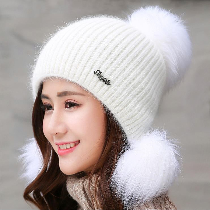 Simple Girl Thicken Ski Snow Cap New Fashion Fur PomPoms Winter Wool Women Beanie Hats Female Skullies Warm Knit Hat Set