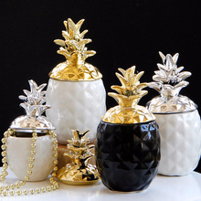 Nordic Handmade Ceramic Pineapple Sealed Jars Creative Gold Silver Home Decorative Pendulum Storage Tank Jewelry Jar Organizer