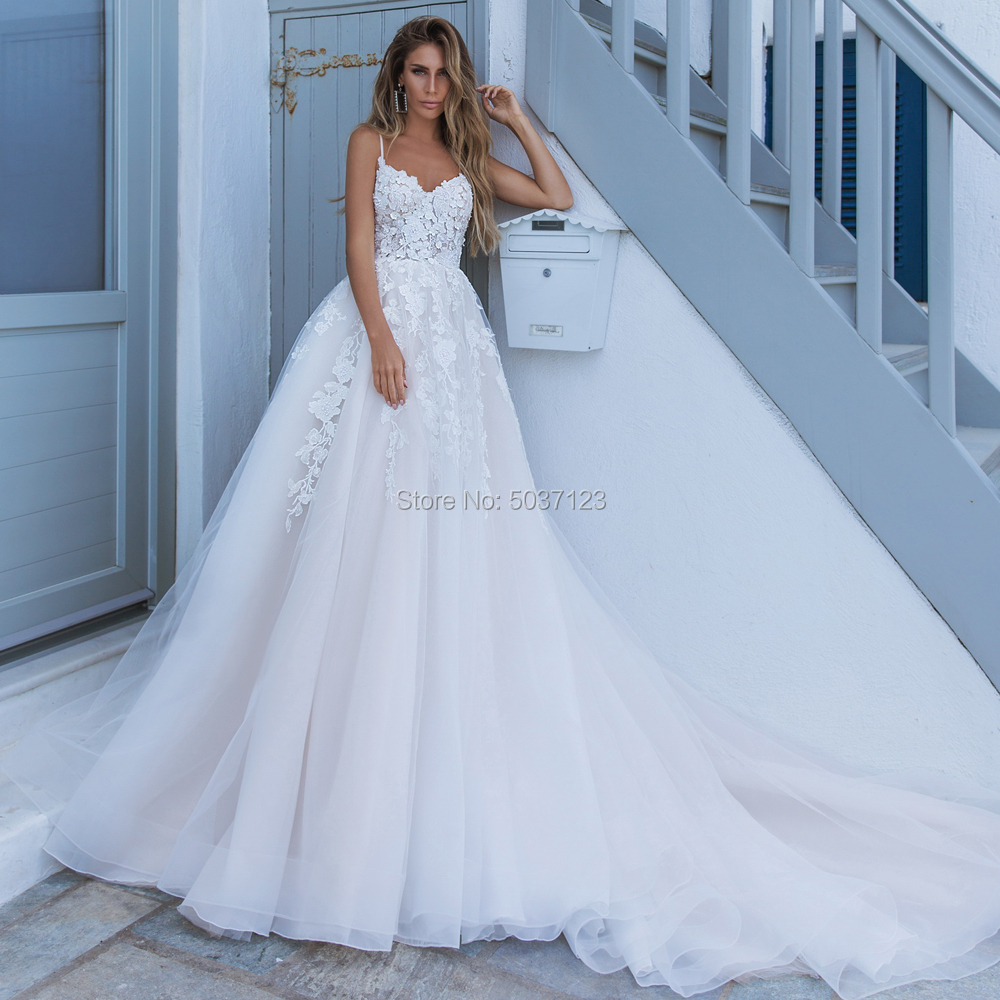 A Line Wedding Dresses V Neck Spaghetti Straps Lace Appliques Robe De Mariée Vestido De Noiva Bridal Gown Button