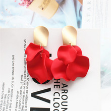 Корея Горячие Модные ювелирные изделия акриловый краской романтические листья Лепестки розы Висячие серьги золотые медные серьги для женщин подарок