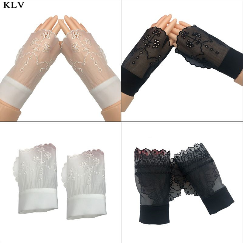 Women Transparent Horn Cuffs Hollow Out Embroidered Floral Patterned Sunscreen Detachable Sweater Fake Sleeve