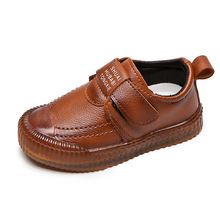 Brytyjskie buty skórzane dla dzieci dla chłopców mieszkania obuwie moda oddychająca marka wkładane mokasyny maluch dzieci mokasyny tanie tanio Krowa mięśni Chłopcy Pasuje prawda na wymiar weź swój normalny rozmiar 35 M 10 t 11 t 12 t 13 t 14 t Skóra Mieszkanie z