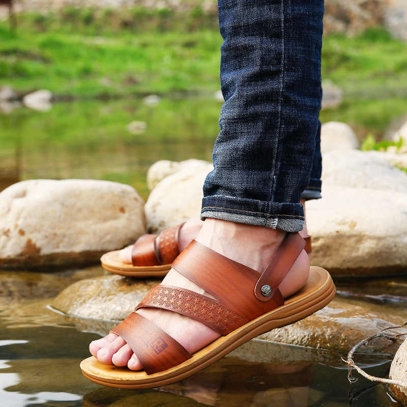 Sandals Men's 2019 New Style Summer Slippers Men Casual Leather Middle aged Fashion