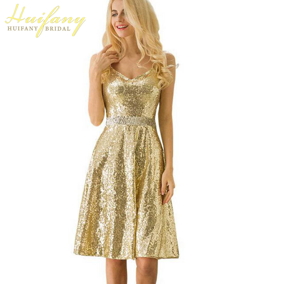 Sexy Gold Sequin Backless Short Cocktail Dresses Spaghetti V-neck Prom Gowns Knee Length Sleeveless 2019 Evening Party Dress