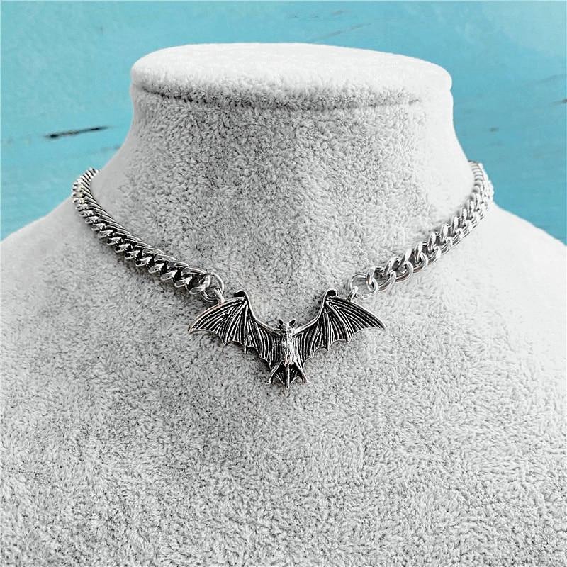 Fashion Vintage Punk Gothic Bat Chain Necklace For Women Animals Choker Halloween Collar Hip Hop Girls Jewelry Gift