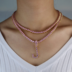 Image 5 - Złoty różowy cz 26 początkowy wisiorek z napisem nazwa alfabet różowy łańcuch tenisowy naszyjnik Rock HIP HOP PINKY kobiety biżuteria