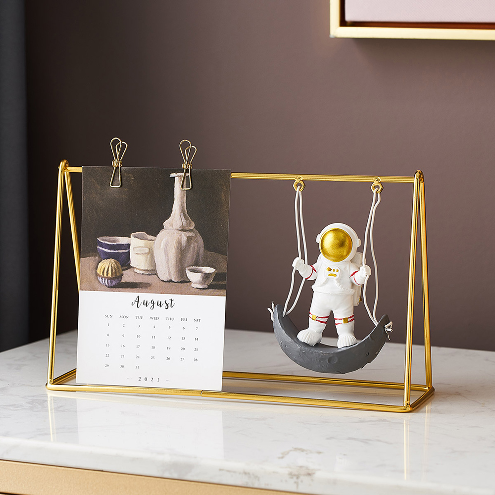 Home Calendar Decoration Accessories Nordic Living Room Astronaut Statue Office Desktop Decoration Children's Birthday Gift