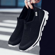 Fashion Sneaker Men Walking Breathable Lightweight Black Casual Footwear Comfortable slip on Classic Man Non Leather