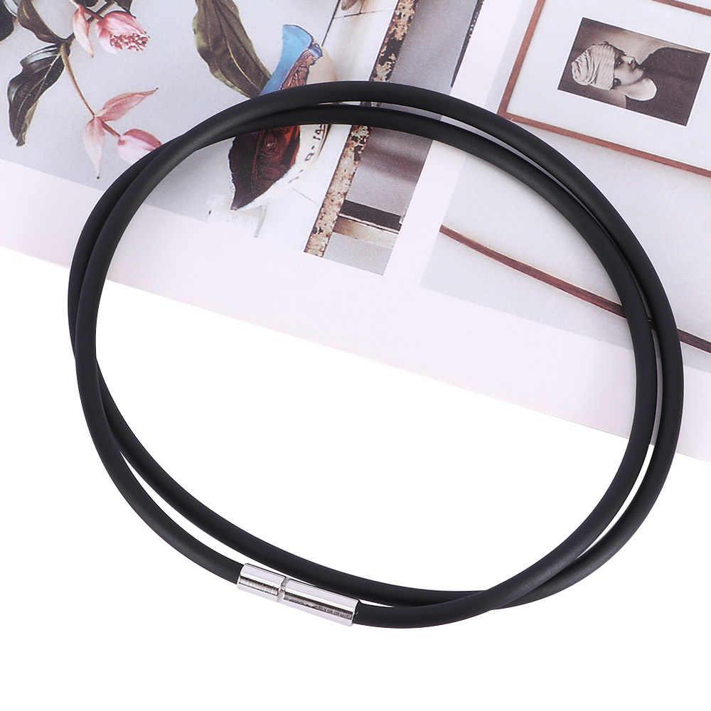 1 adet siyah kauçuk kordon kolye moda paslanmaz çelik kapatma basit takı kolye bildirimi kadınlar Charm Bohemian hediye