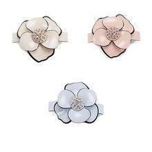 Buena calidad, accesorios clásicos de Camelia, pasador de pelo acrílico con diamantes de imitación, pinzas de pelo para mujer con flores