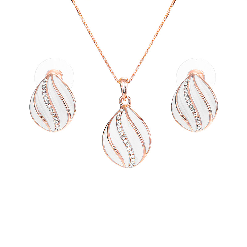Creative Earrings Necklace Set European And American Women Fashion Hundred Matching Accessories