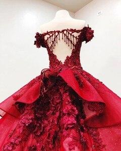 Image 3 - 16 милых темно красных платьев Quinceanera, бальное платье с открытыми плечами и 3D цветочной аппликацией для девочек, бальное платье для торжеств и свадебных торжеств