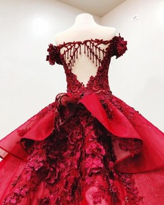 Image 3 - Sweet 16 Dark Red Quinceanera Dresses Off The Shoulder 3D Floral Applique Girls Ball Gown Pageant Gowns Formal Bridal Dress